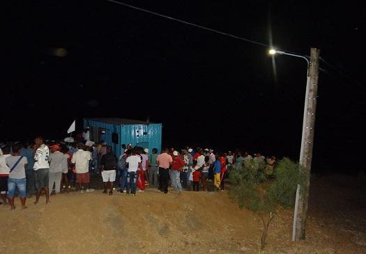 A eletricidade chegou finalmente a Planalto Norte