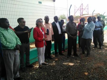 Embaixadora de Portugal em Moçambique Inaugurou Depósito de Abastecimento de Água e Salas de Aula na Vila de Monapo