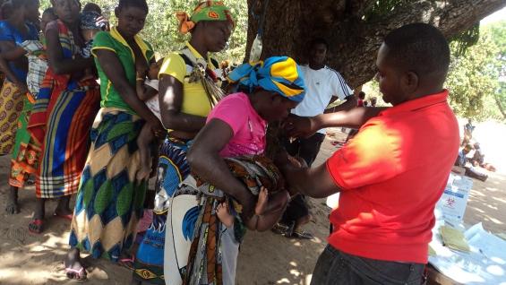 """Programa """"Príncipes do Nada"""" mostra trabalho da ADPM em Moçambique"""