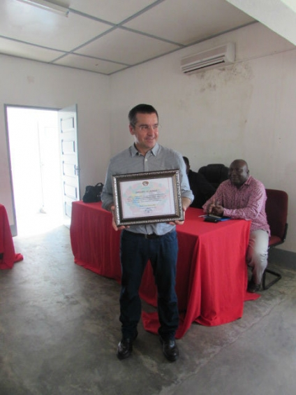 Louvor ao Trabalho da ADPM em Moçambique