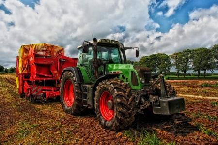A ADPM encontra-se a recrutar formadores/as para formação de Manobrador de Máquinas Agrícolas